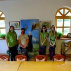 Az Országos Natúrparki Vetélkedő I. helyezett, Vértesi csapat díjátadója a Geszner-házban