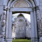 Újra megnyitja kapuit a Vértesszentkereszti templomrom